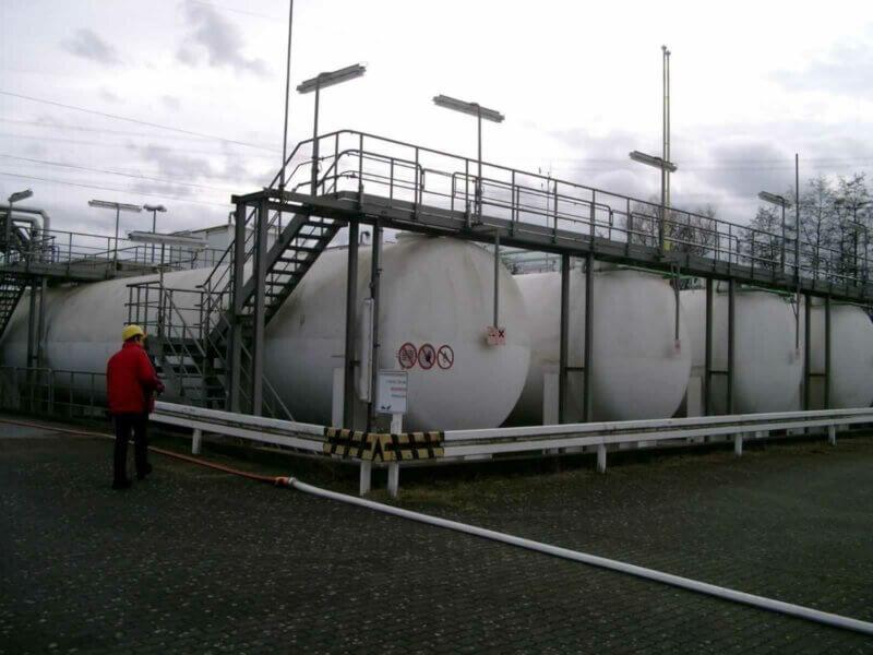 HKL Anlagentechnik NH3 Lager Mit 4 Behaeltern Je 200m